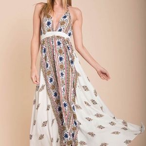 SELFIE LESLIE Halter Maxi Dress NWT Size S